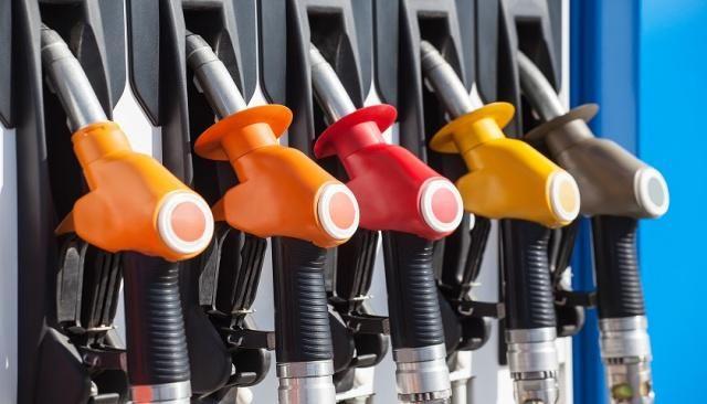 3月油价调整最新消息 本周四国内成品油价调整或搁浅